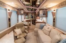 585 interior-69